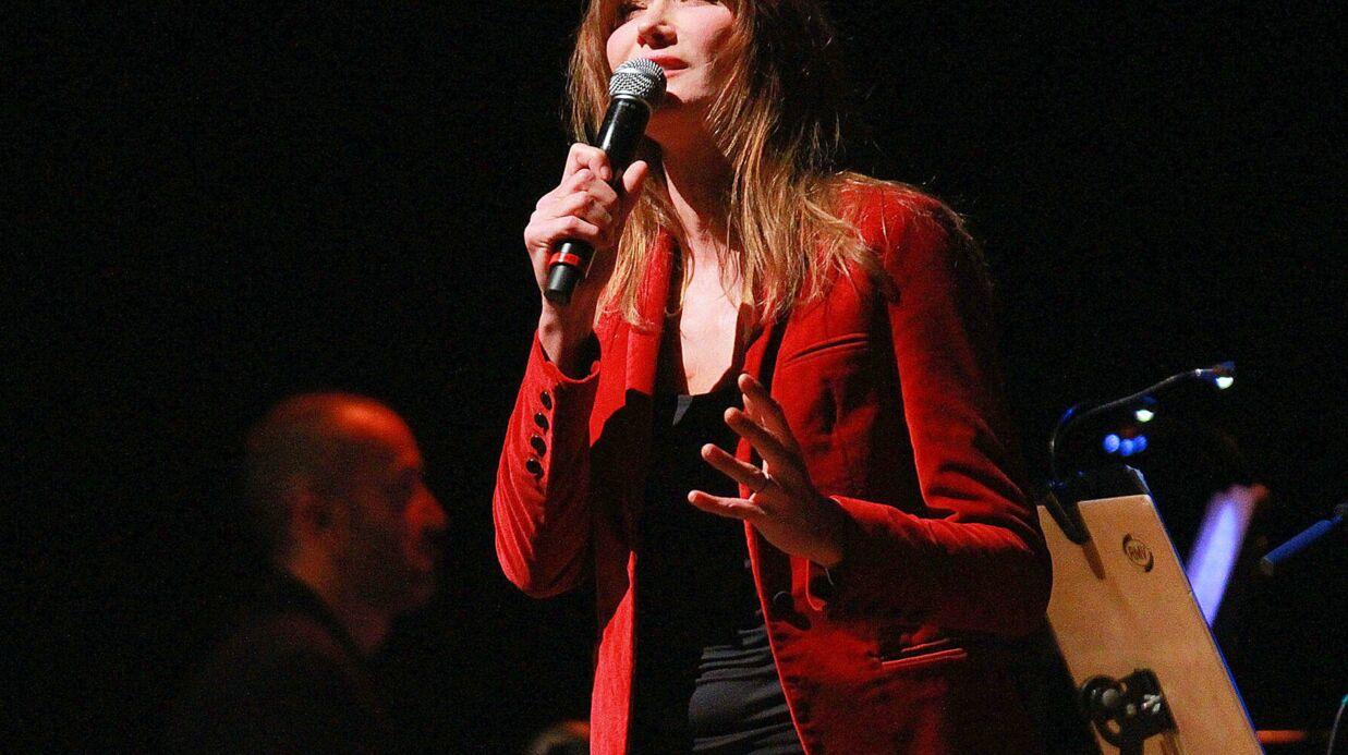 En concert au Brésil, Carla Bruni a revu son père biologique