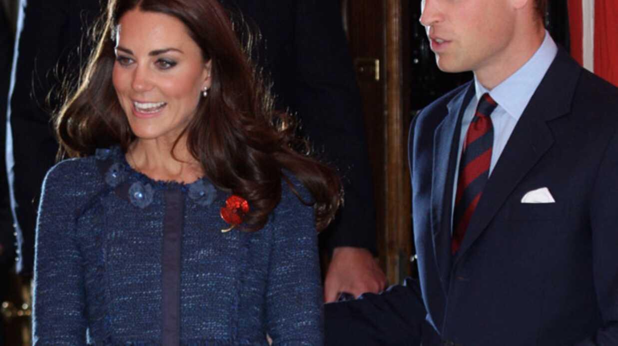VIDEO Kate et William s'extasient devant un bébé