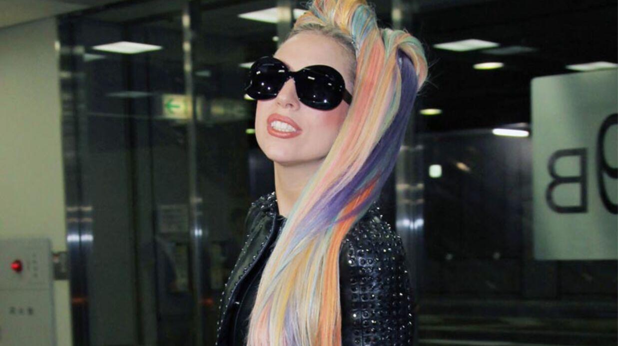 Lady Gaga fait l'amour à la plage (ahou tcha tcha tcha)
