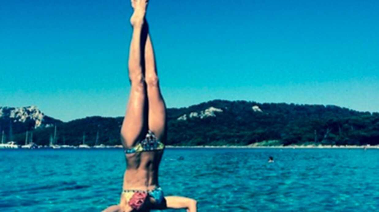 PHOTOS Laury Thilleman fait du yoga sur… une planche de paddle