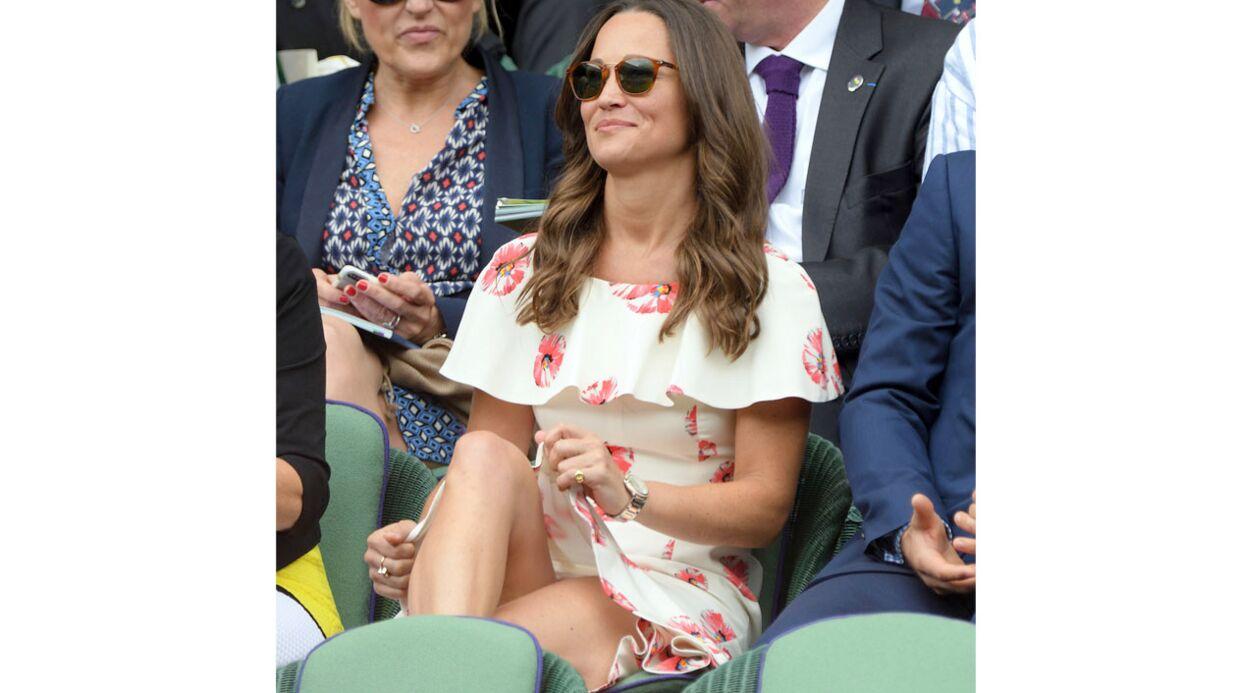PHOTOS Pippa Middleton frôle de très TRÈS près l'incident de culotte à Wimbledon