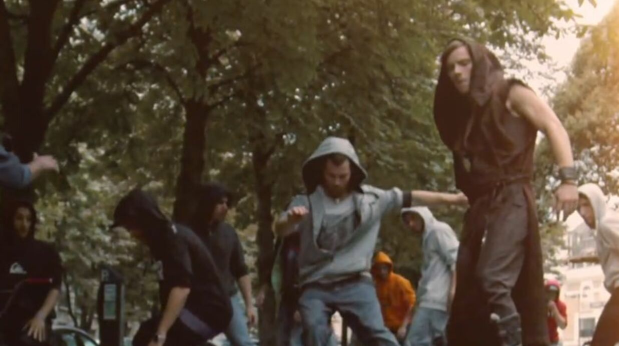 Le premier clip de Robin des bois, comédie musicale avec M. Pokora