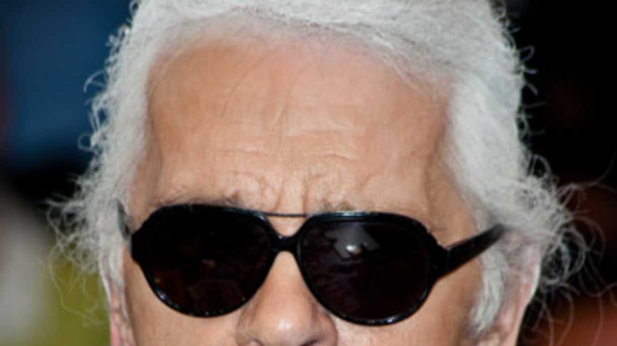 Karl Lagerfeld traité de «vieille gouine» par sa maman