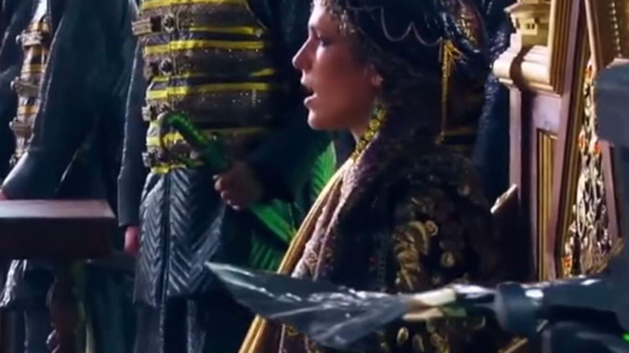 Les premières images de Lorie dans Dragon Blade, un film chinois avec Jackie Chan
