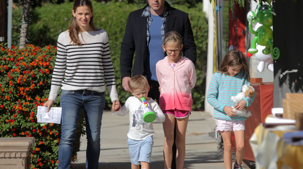 Ben Affleck et Jennifer Garner réunis pour Noël avec leurs enfants, mais dans une sale ambiance