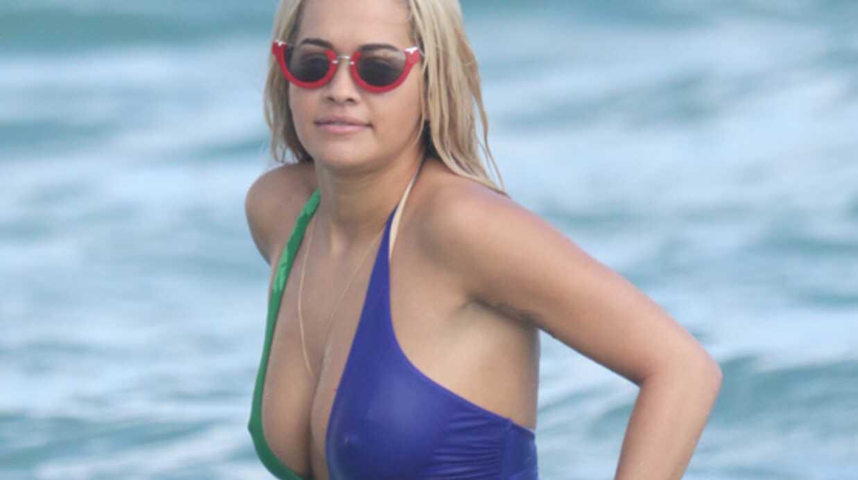 PHOTOS Rita Ora: son maillot de bain ne cache finalement pas grand-chose