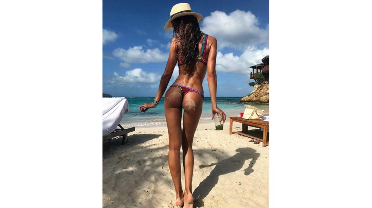 PHOTO Le top Izabel Goulart montre son derrière parfait en bikini riquiqui