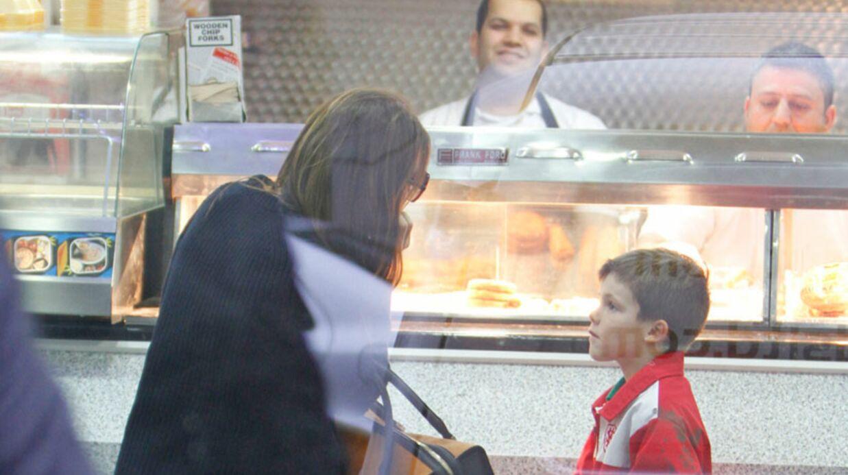 DIAPO INCROYABLE Victoria Beckham dans un fast-food!