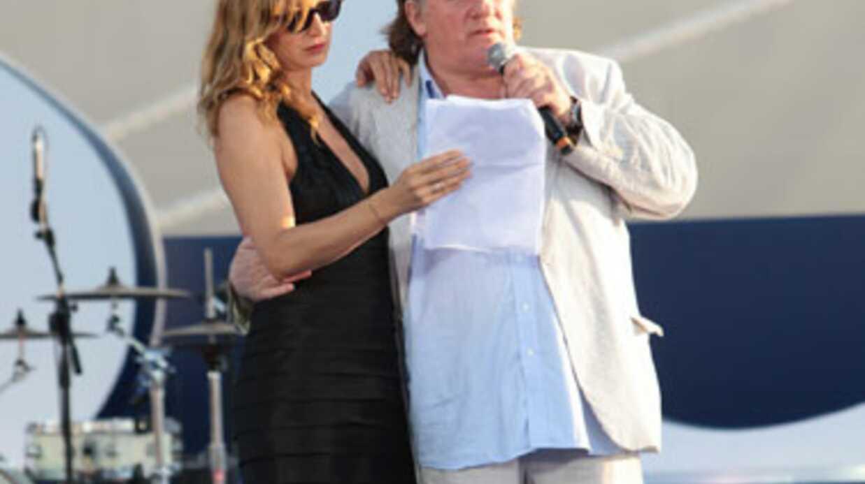 Ivre, Gérard Depardieu baptise un paquebot