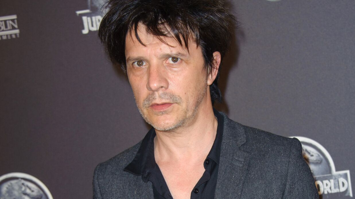 Nicola Sirkis, le leader d'In­do­chine, victime d'un cambrio­lage