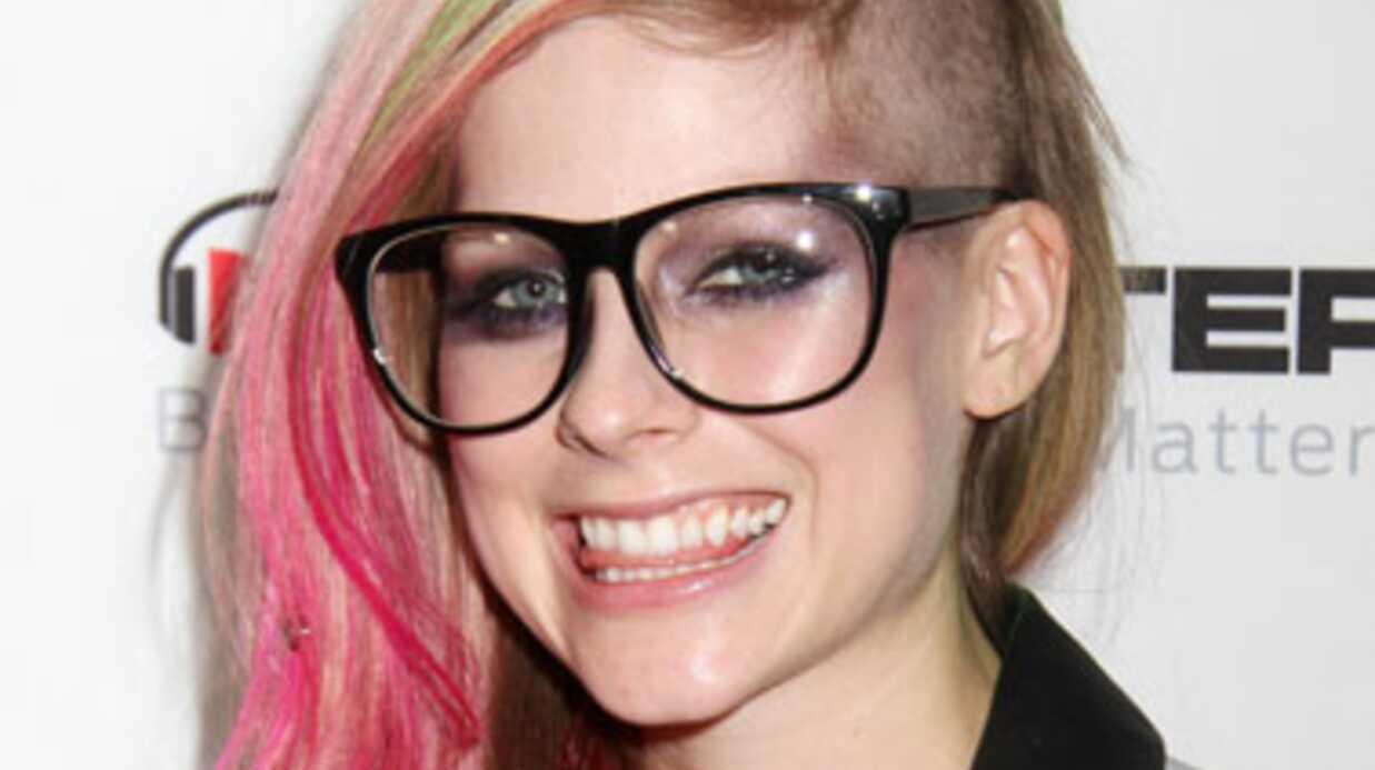 Avril Lavigne: c'est la guerre entre son ex et son nouveau mec