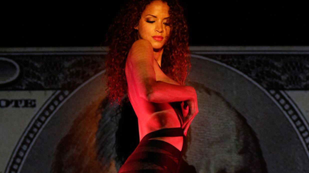 DIAPO Noémie Lenoir danse topless au Crazy Horse