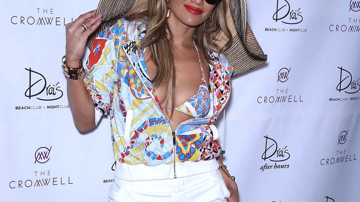 PHOTOS Ultra sexy, Jennifer Lopez s'éclate en bikini à une pool party