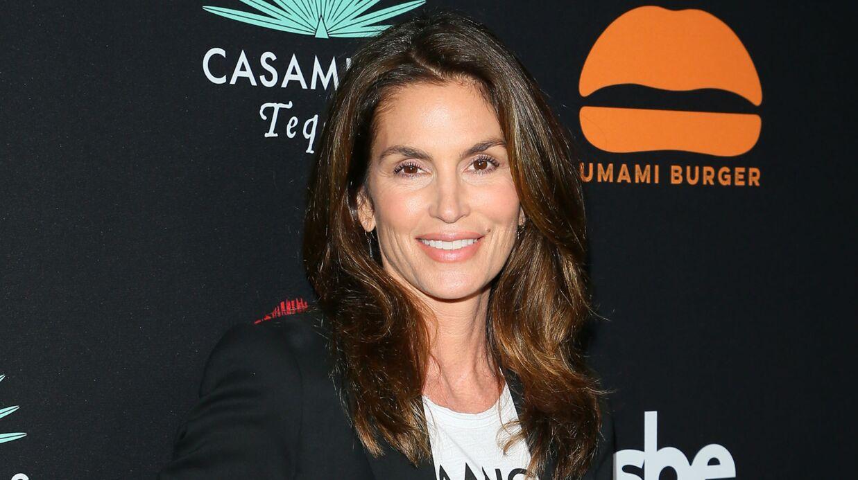 PHOTOS Cindy Crawford vend la mèche et dévoile le sexe des jumeaux d'Amal et George Clooney