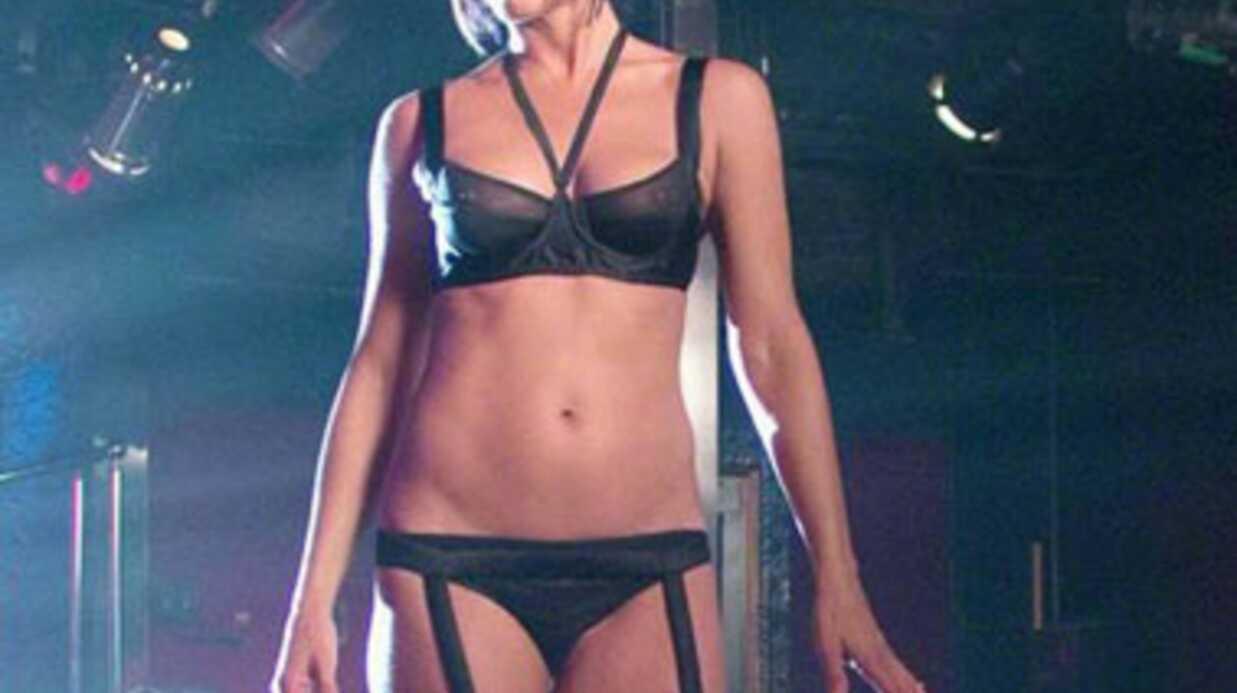 Nue, Jennifer Aniston est dangereuse pour vous