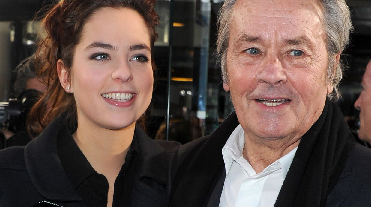 Alain Delon: le clin d'œil de sa fille Anouchka avec une photo touchante