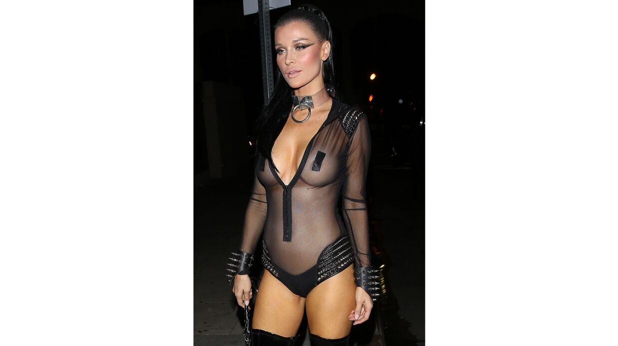 PHOTOS Et la palme du costume d'Halloween le plus dénudé et osé est attribuée àààààà?