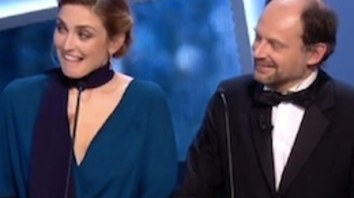 VIDEO César 2015: Julie Gayet mal à l'aise à cause d'une blague d'Edouard Baer