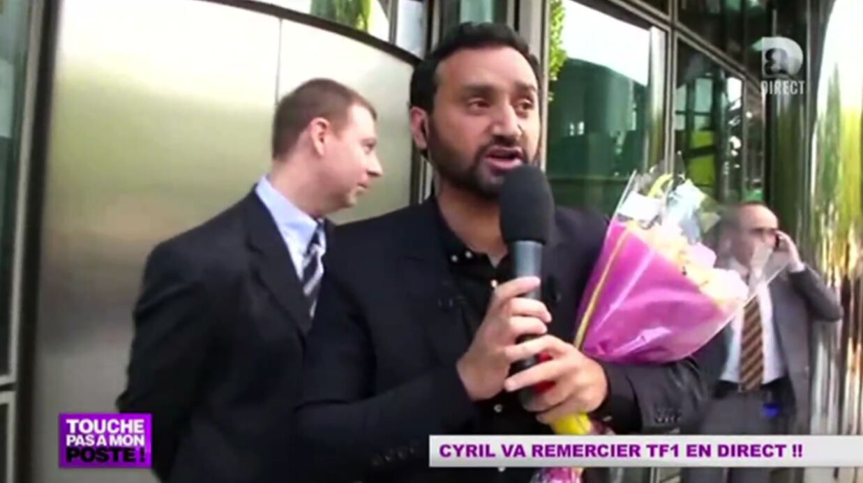 video cyril hanouna essaie d en trer tf1 en plein direct voici. Black Bedroom Furniture Sets. Home Design Ideas