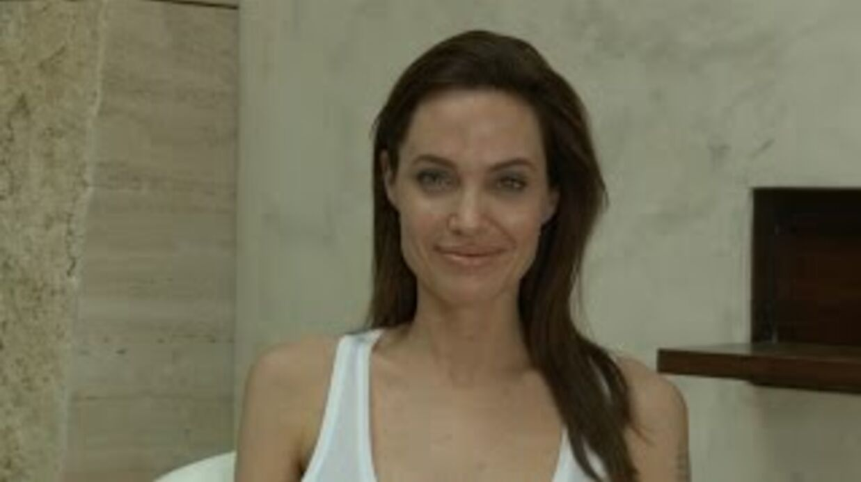 VIDEO Ange­lina Jolie inter­rompt sa tour­née à cause de la vari­celle