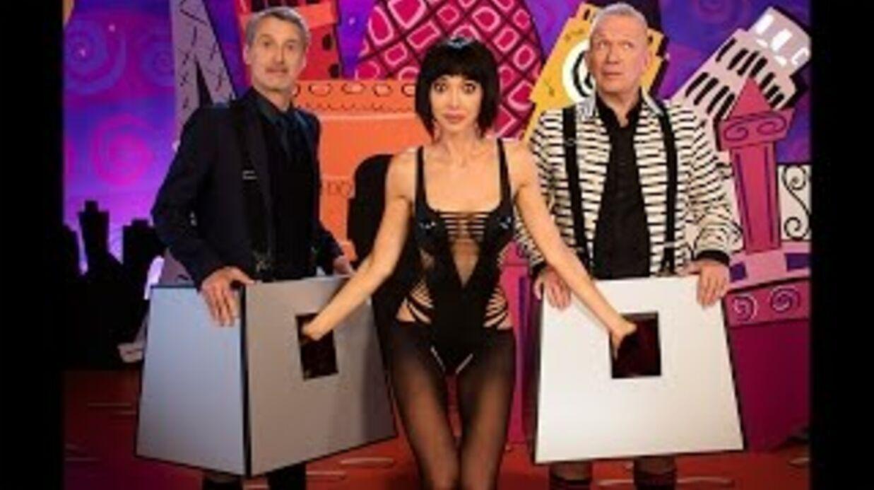 VIDEO Antoine de Caunes et Jean-Paul Gaultier se font tripoter les parties à la télé anglaise