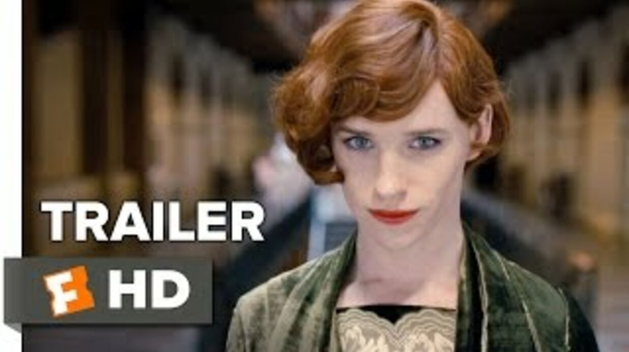 VIDEO Eddie Redmayne trou­blant en femme dans The Danish Girl