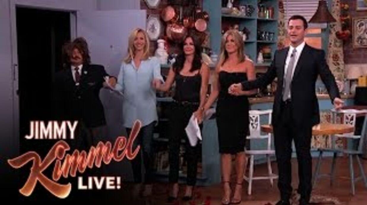 VIDEO Jennifer Aniston, Courteney Cox et Lisa Kudrow réunies sur le plateau de Friends