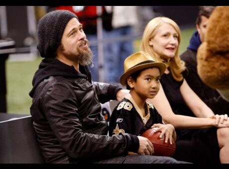 Libéré de ses démons, Brad Pitt serait devenu un «papa incroyable»