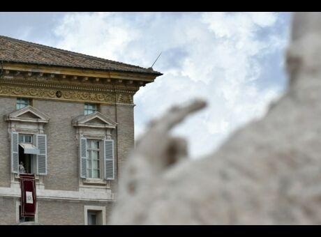 Scandale Orgie gay et drogue au Vatican