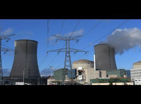Nucléaire Nicolas Hulot annonce l'arrêt de 17 réacteurs: Mais est-ce si simple?