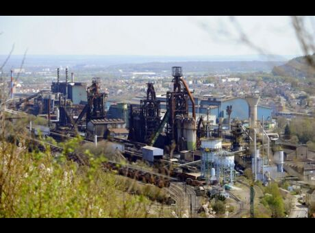 ArcelorMittal Depuis qu'il a dénoncé le déversement d'acide, le chauffeur «ne trouve plus de boulot» (vidéo)