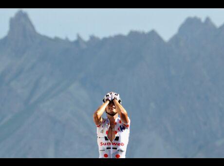 video Tour de France: Revivez la superbe victoire de Warren Barguil au sommet du Col d'Izoard