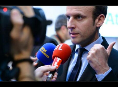 Macron Raccrochez, y a un problème de communication