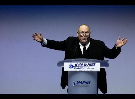 FN Franck de Lapersonne est fauché, Marine Le Pen refuse de l'embaucher