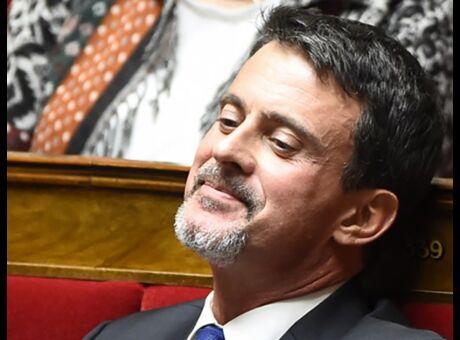 Look Manuel Valls loue sa «fantaisie» et son «originalité»