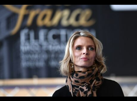 Miss-France: Sylvie Tellier répond aux accusations de truquage