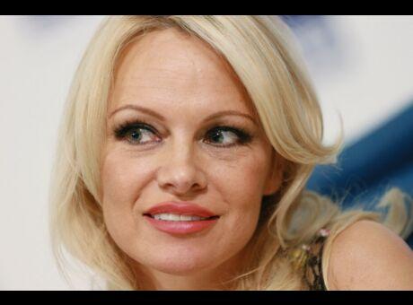People «Obstiné, attentionné et jaloux»: Pamela Anderson se confie sur Adil Rami