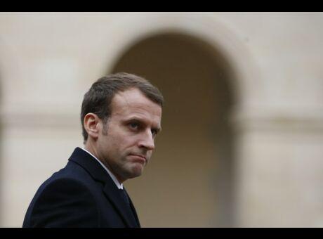 Macron L'audiovisuel public est la «honte de la République»
