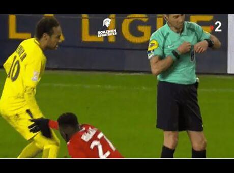 Provocation Ce geste déplacé de Neymar déclenche la furie des internautes (Vidéo)